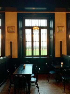 Nuova realizzazione, serramenti Pub Santa Marta
